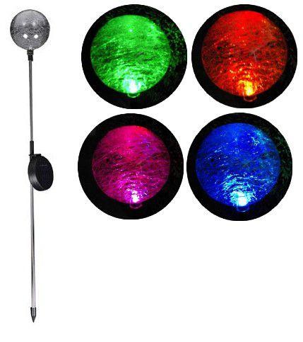 Záhradná LED solárna lampa Garth sklenené gule s farebnou zmenou osvetlenia